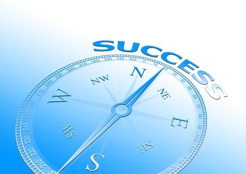 """Warum stehen wir uns selbst im Weg? Binaurale Beats bringen dich zum Erfolg mit der DMH® – Methode """"Deine Essenz des Glücks"""""""