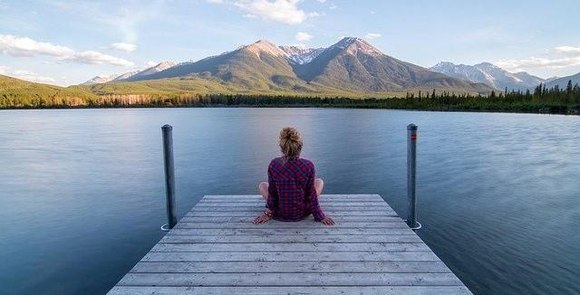 """Entspannung pur ♥ In jeder Lebenslage ♥ Schnell entspannt dank Binauralen Beats und der einzigartigen DMH® – Methode """"Deine Essenz des Glücks"""""""