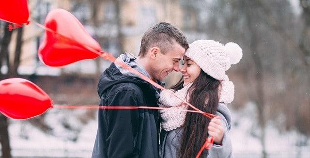"""Das passende Geschenk zum Valentinstag - Es muss nicht immer klassisch sein! Mit der DMH®–Methode """"Deine Essenz des Glücks"""" liegst du richtig!"""